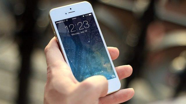 Allow Custom apps on iOS